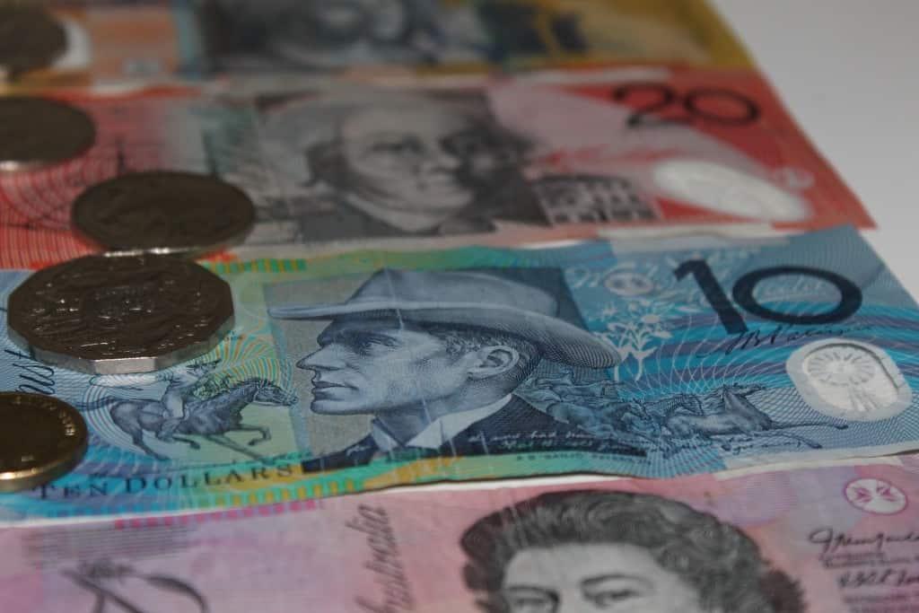 The Best Ways to Access Money Overseas