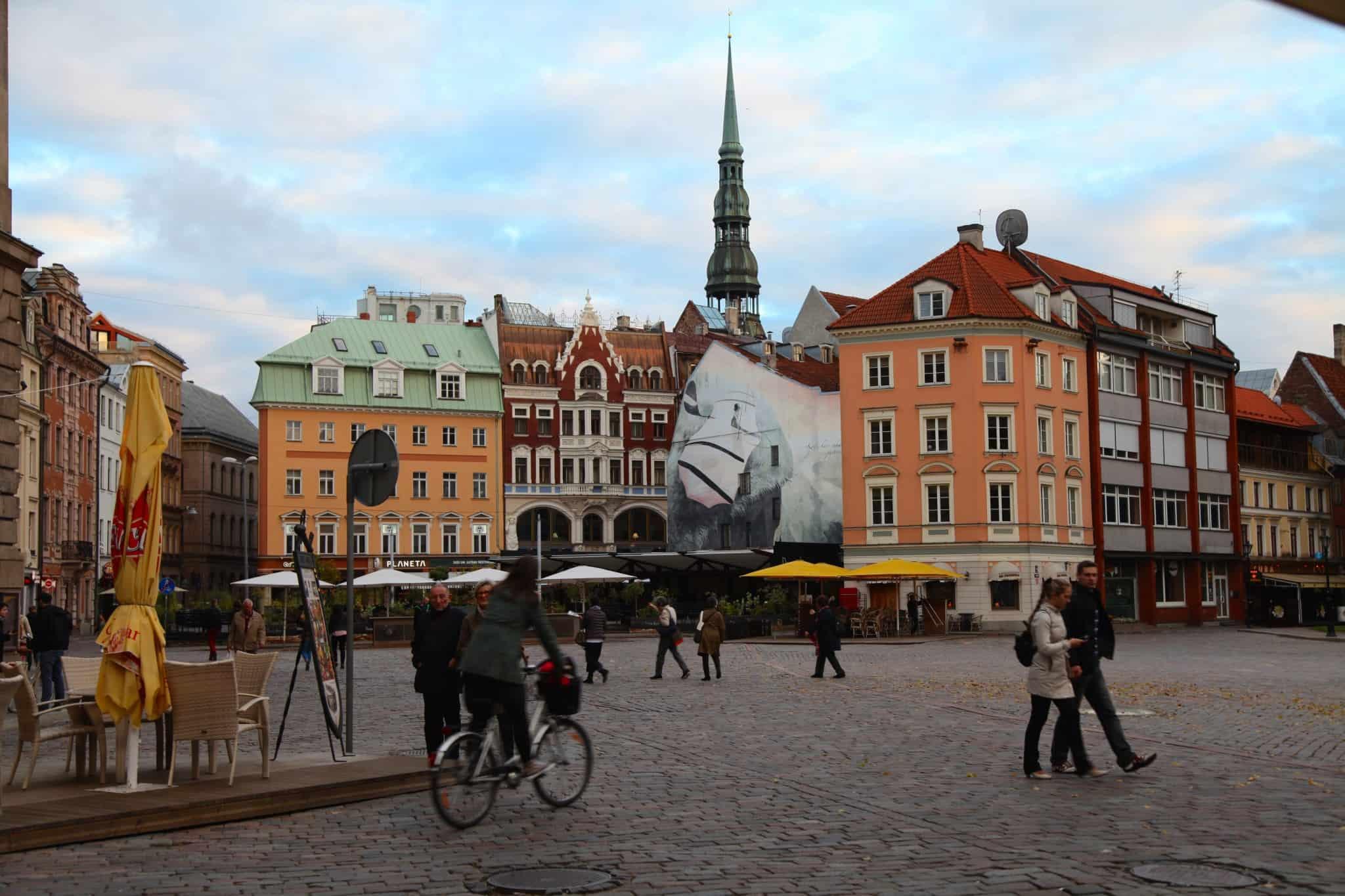 Riga City Center The World Pursuit