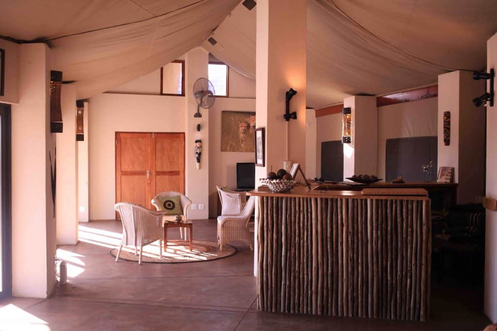 Cheetah Paw Lodge