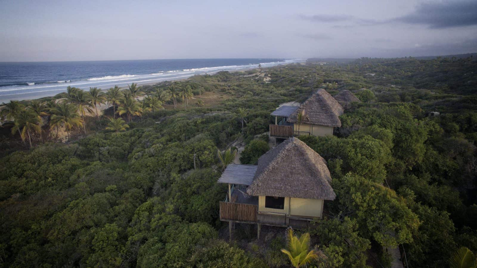 Mozambique Lodge Beach Rooms