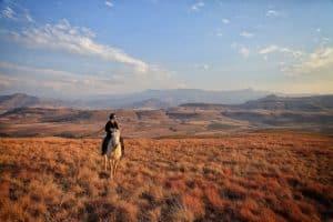 tasha-horseback-riding-drakensberg