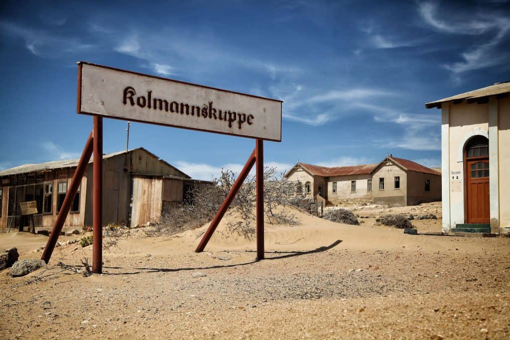 kolmanskop-sign-copy