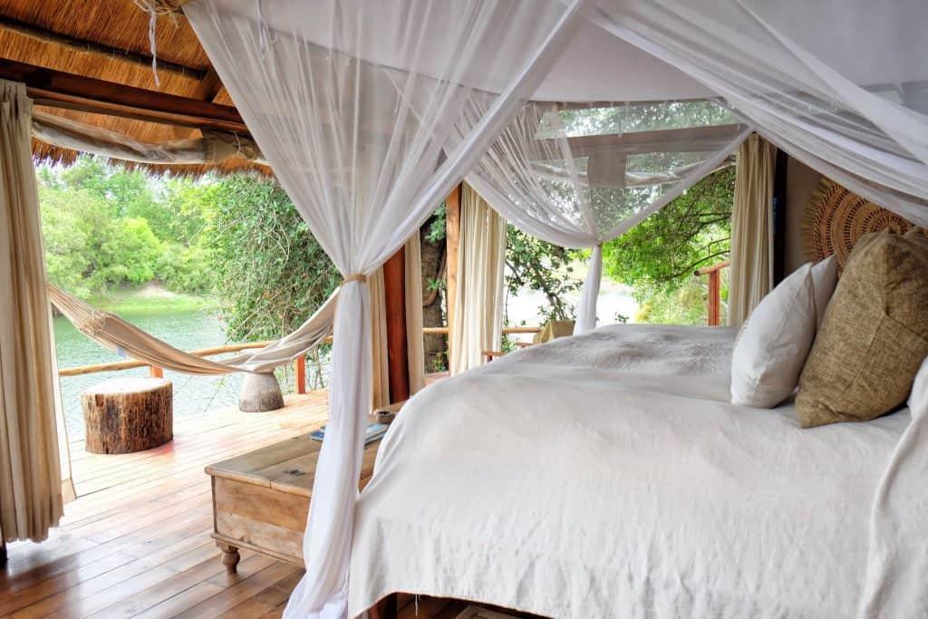 Sindabezi Island Room