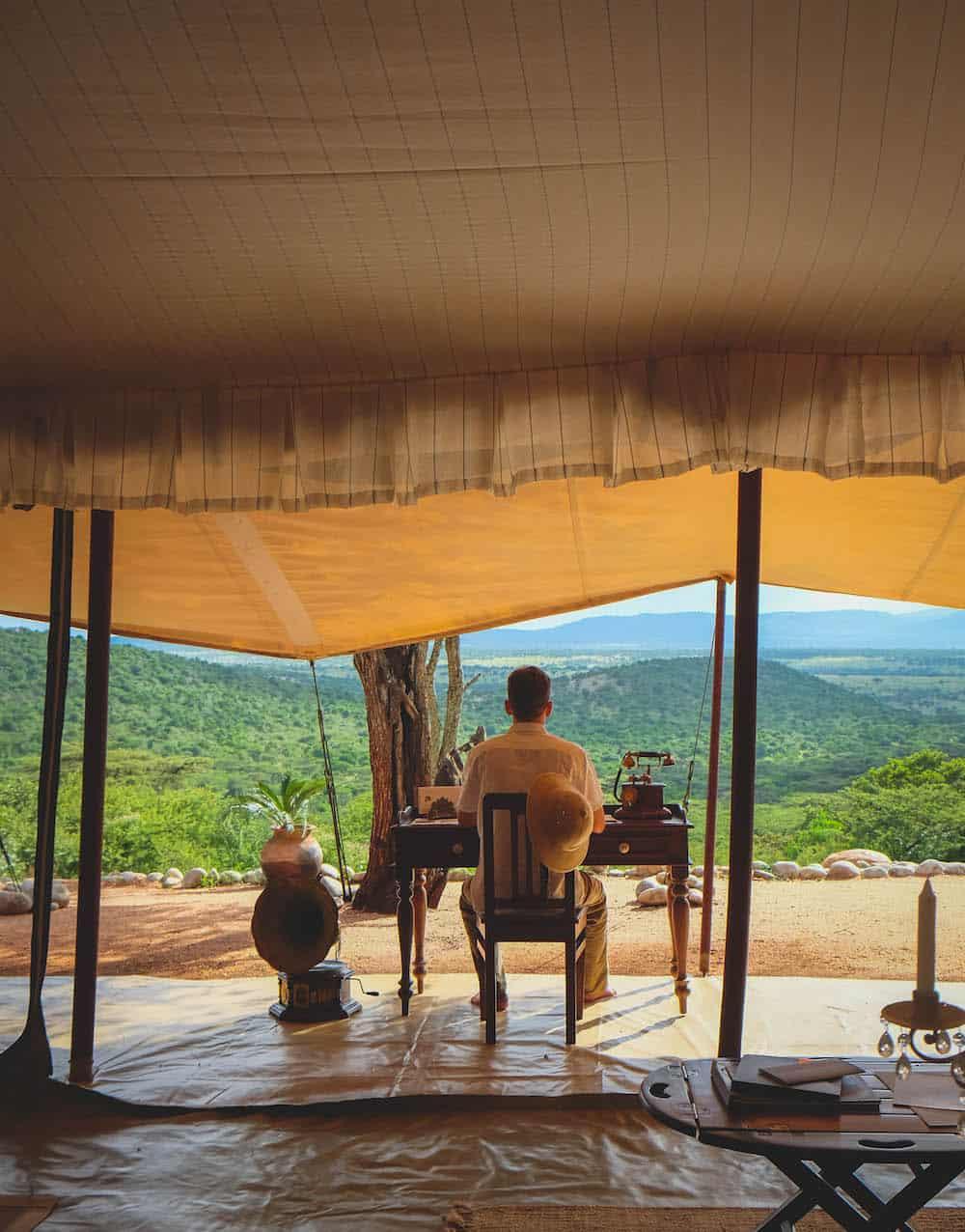 Desk Cottars Masai Mara