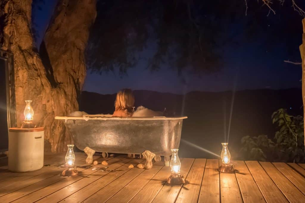 Ruckomechi Mana Pools Bathtub