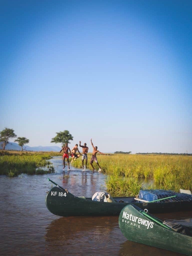 Canoe Safari Bath In The Zambezi