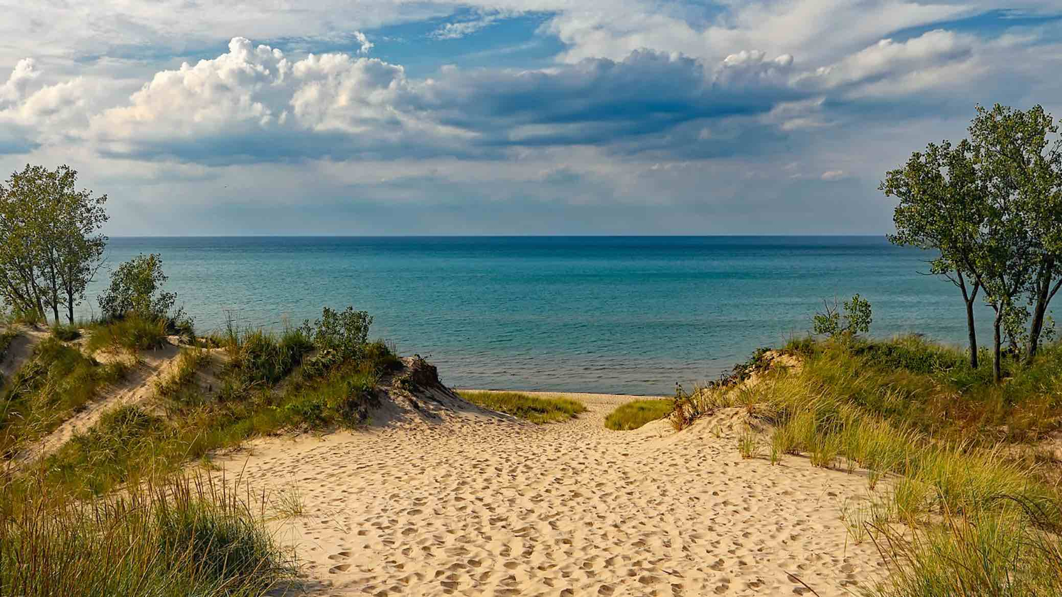 10 Romantic Weekend Getaway Destinations In Michigan From A