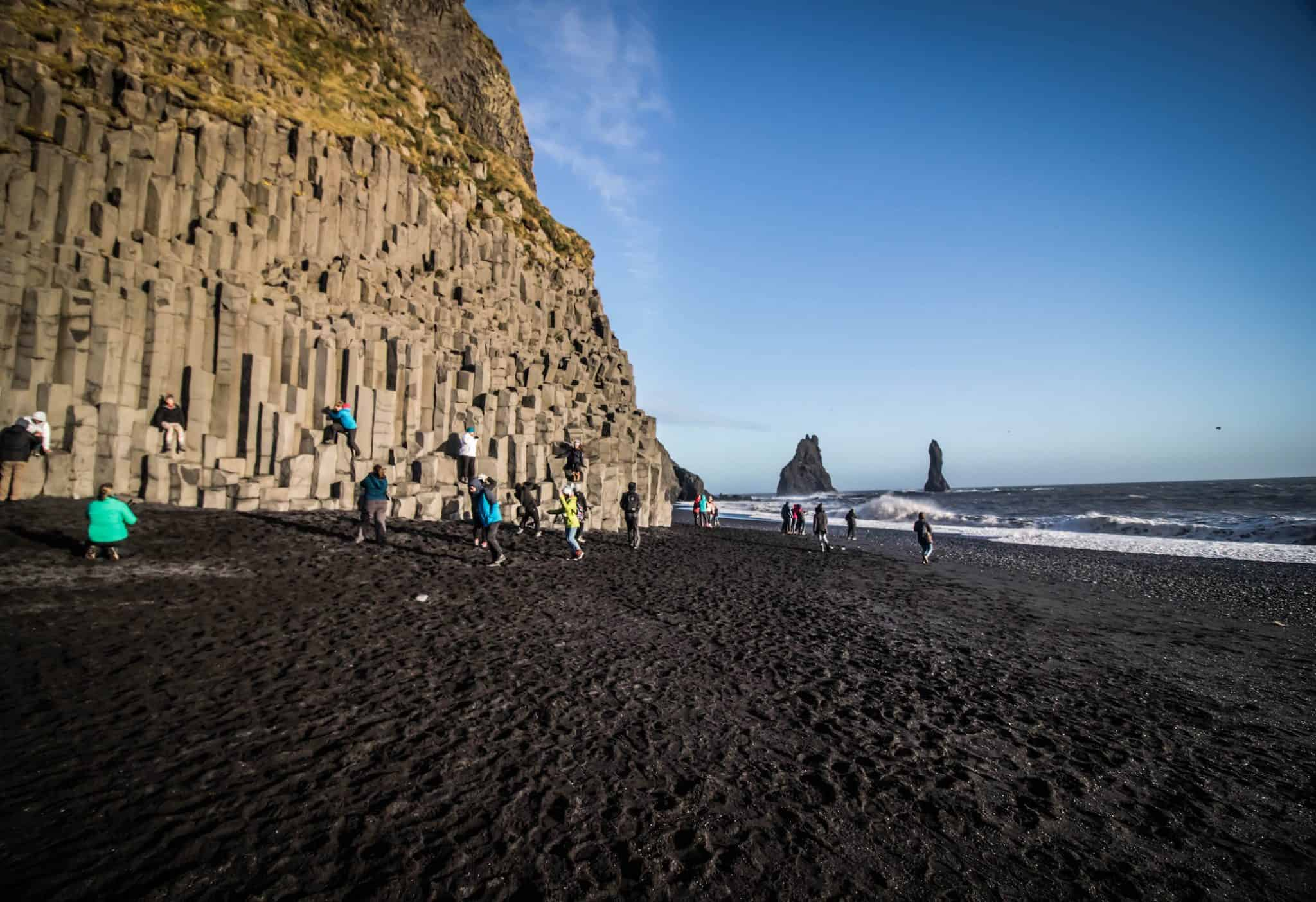 reynisfjara the famous black sand beach in iceland to. Black Bedroom Furniture Sets. Home Design Ideas