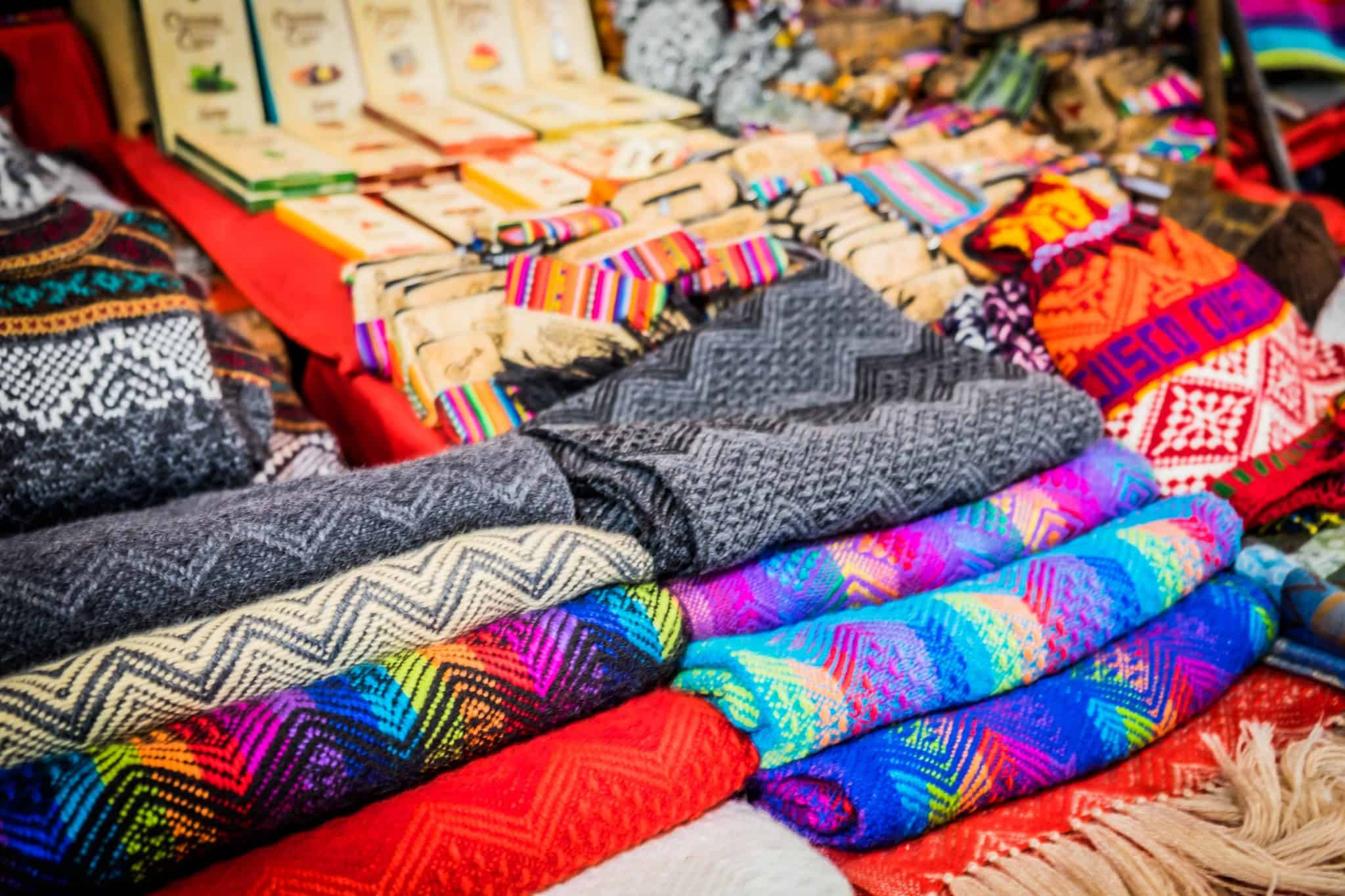 crafts in Cusco