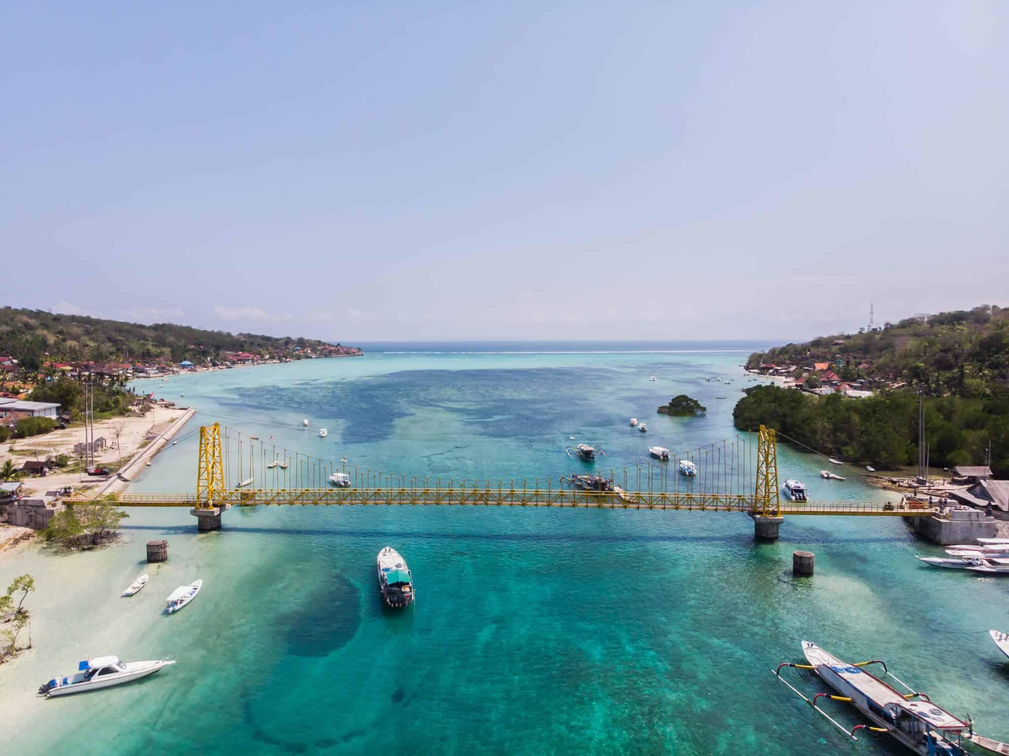 Yellow Bridge Nusas