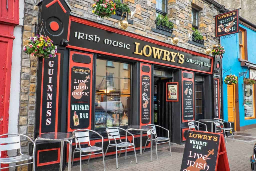Clifden - Lowry's Whiskey Bar