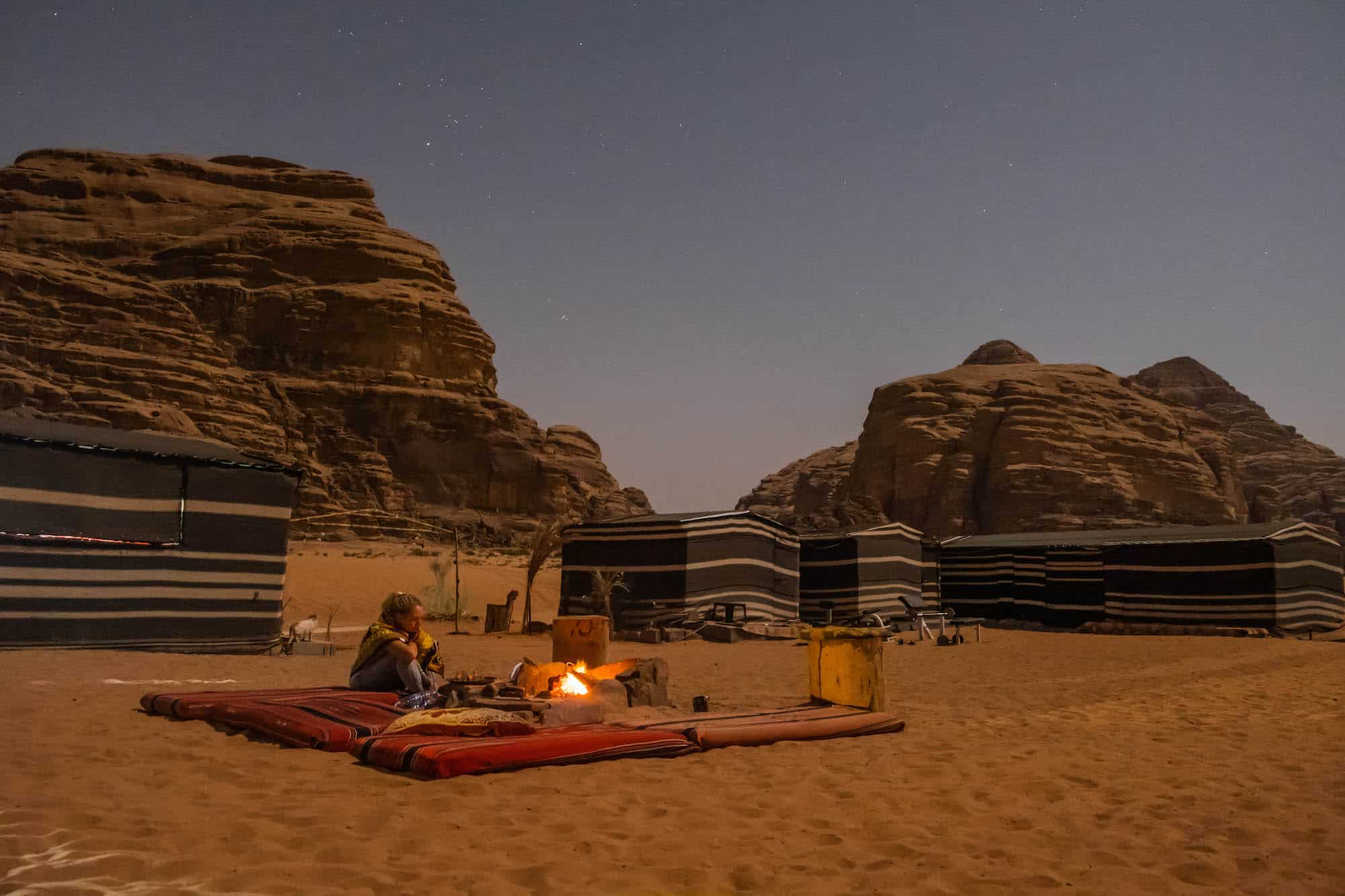 travel in jordan - wadi rum night
