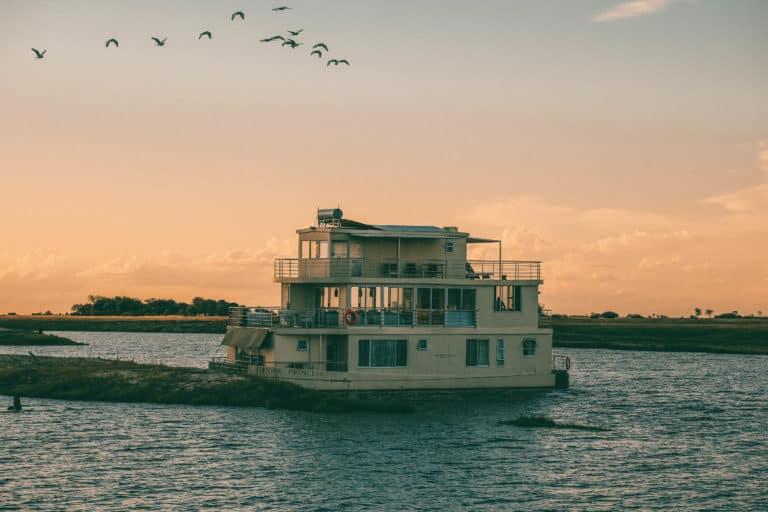 Chobe Houseboat