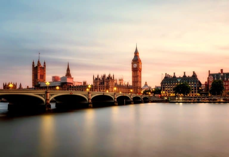 London Three Day Itinerary Long Exposure Featured