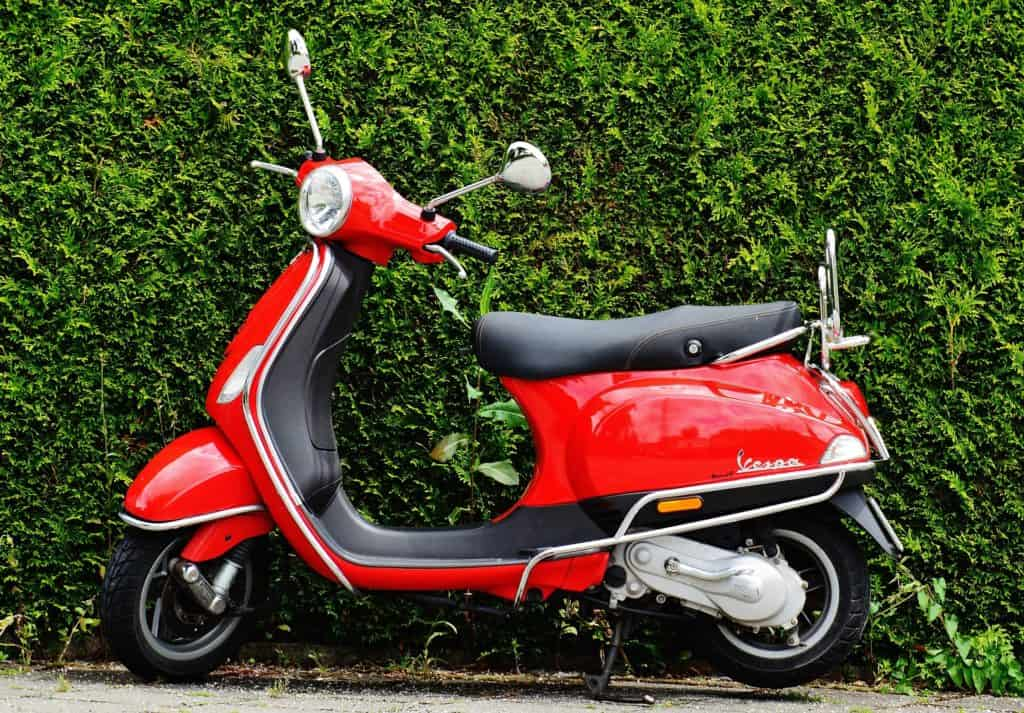 Things to do in Florence vespa