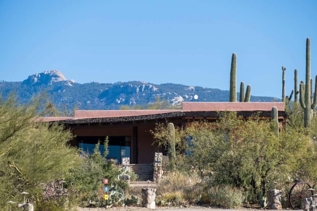 Tanque Verde Room Weekend in Tucson