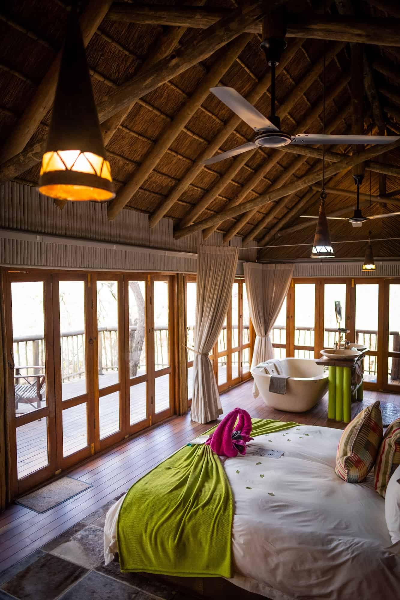 Room at Jaci's Tree Lodge