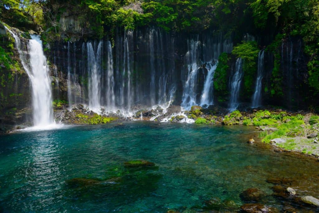 Best waterfalls in Japan