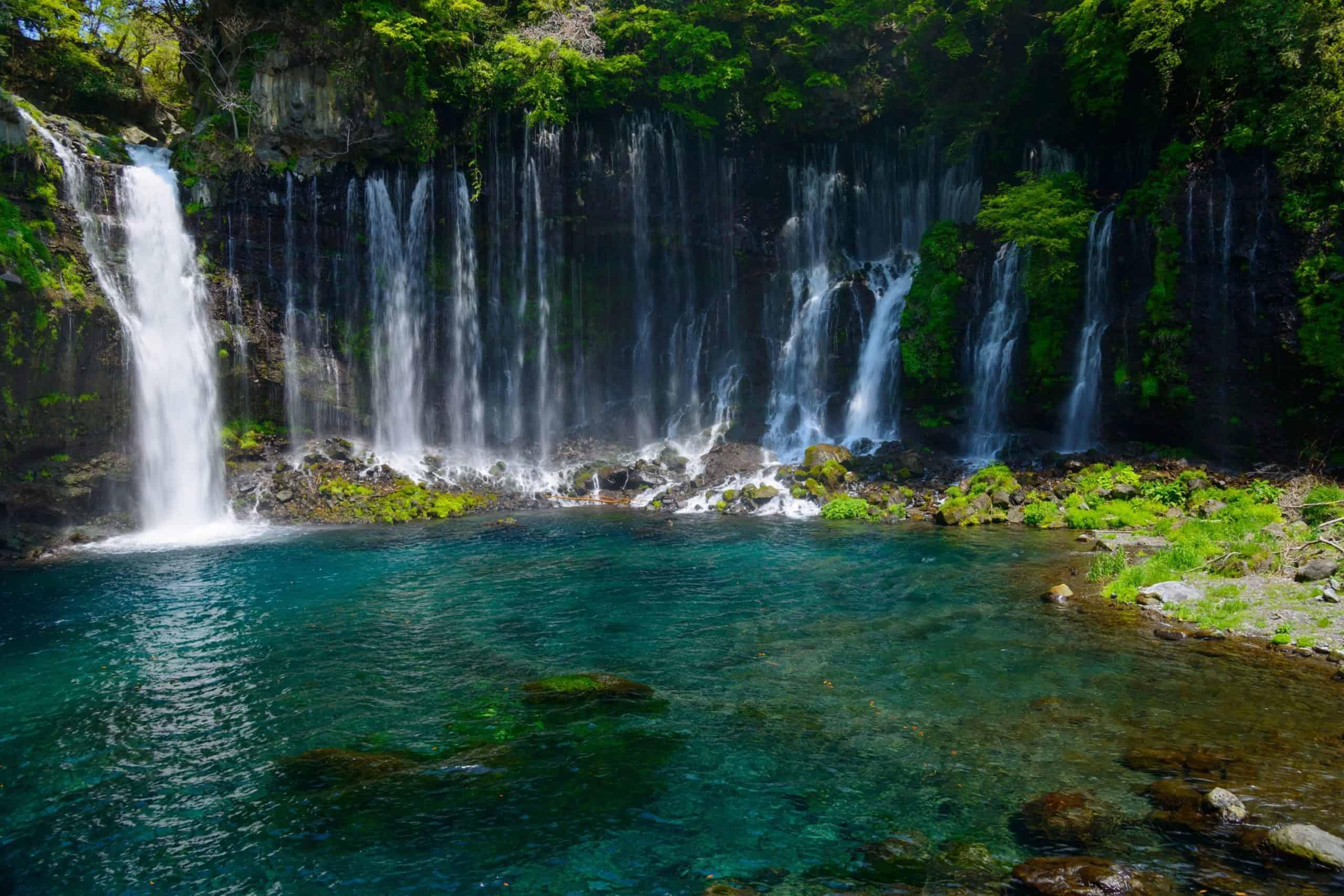 Best waterfalls in Japan - Shiraito Falls