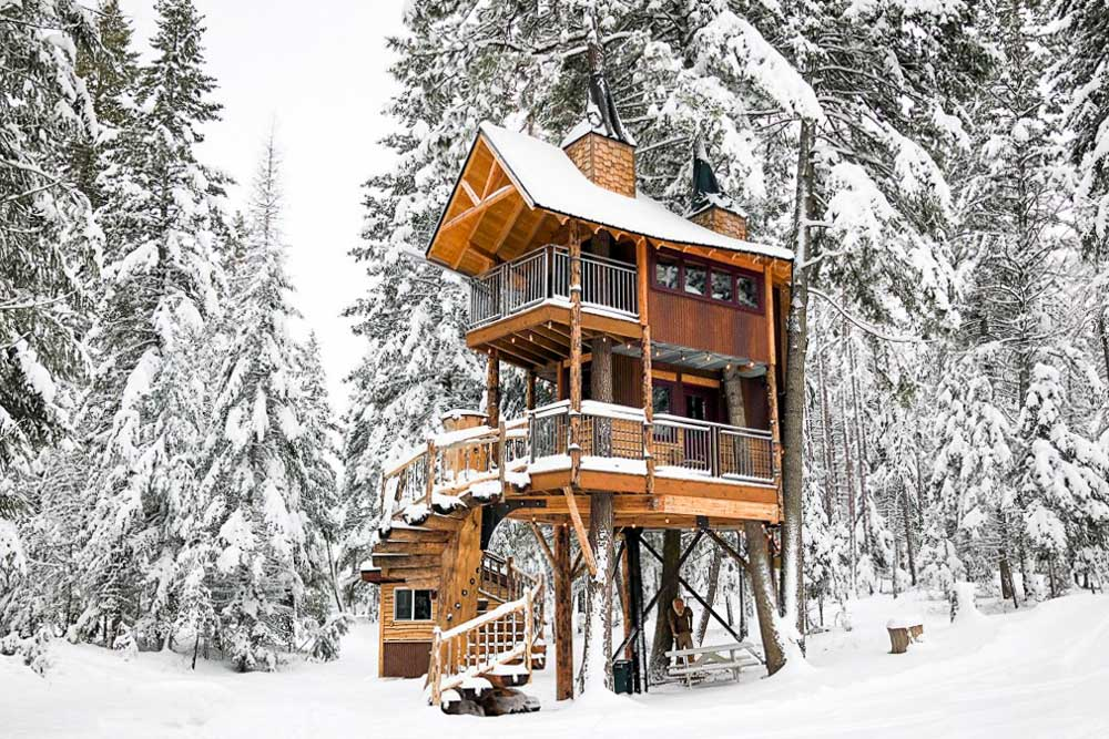 Airbnbs in Whitefish the Meadowlark Treehouse in the winter