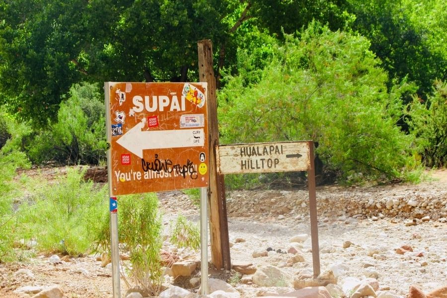 sign to supai village and hualapai hilltop trailhead