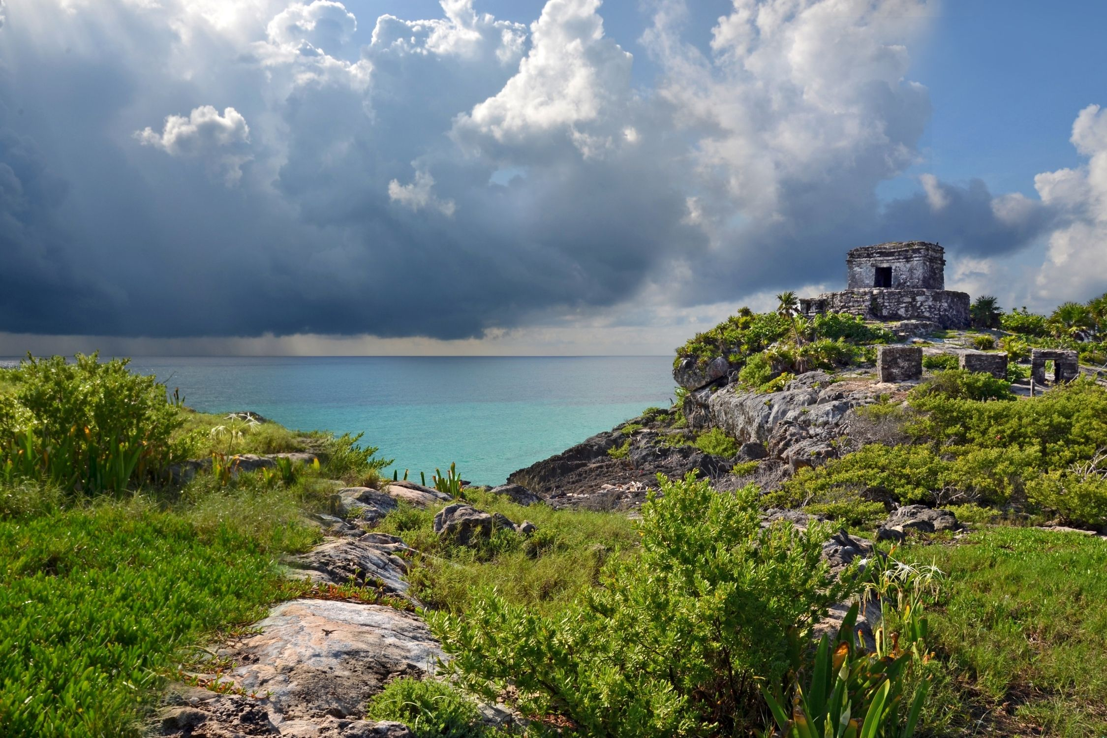 Tulum Weather can get some rain on the famous sites