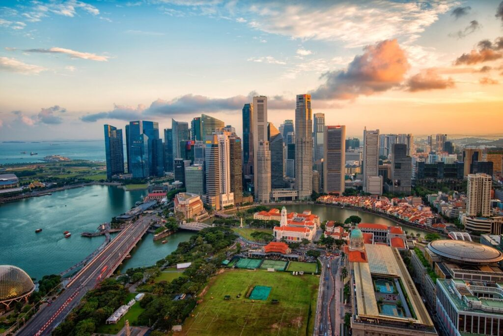when is the best time to visit singapore